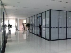 山东高隔间 泰安玻璃隔断 泰安办公隔断
