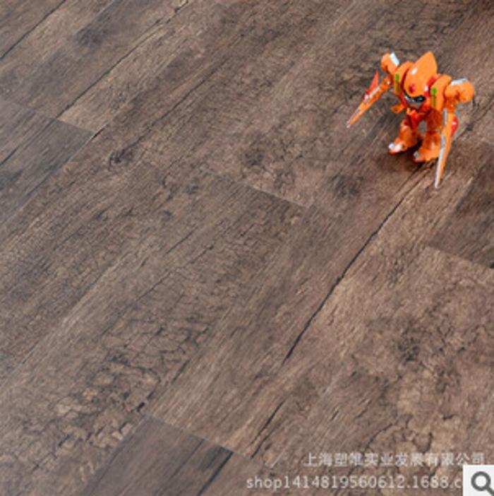 厂家直销 乐地美 家装木纹地板 金圣系列 防滑塑胶地板 客厅 卧室