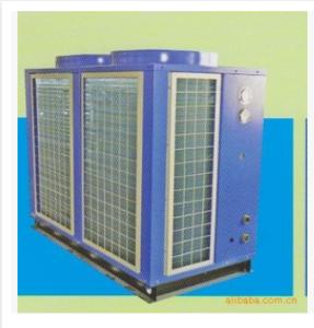 不锈钢热水箱设备
