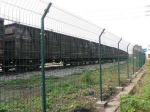 双边丝护栏网,高速公路双边丝封闭网厂家报价给您