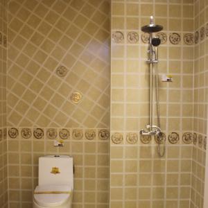 促销金碧辉煌广东300x450厨房卫生间黄色六方格不透水墙砖地砖