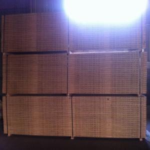 山東燁魯木業生產供應多層板木方免熏蒸木方批發
