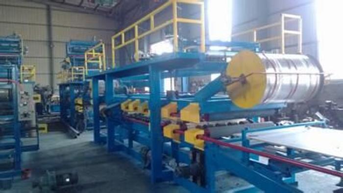 厂家提供950/980岩棉复合板泡沫复合板一机俩用,岩棉板机生产厂家