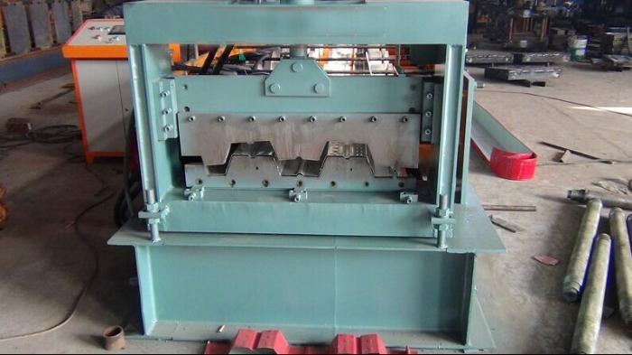 厂家销售960楼承板设备用于楼面钢承板