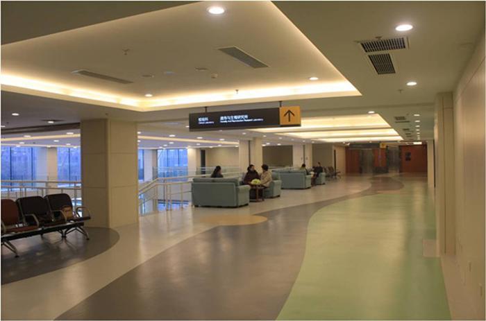 江苏门诊室塑胶地板,博高门诊大厅耐磨pvc地板