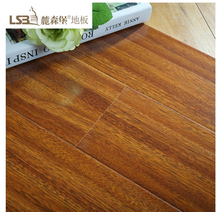 复合地板 仿古原木纹理客厅卧室地板 地暖 自然环保 防滑防水 材质坚硬