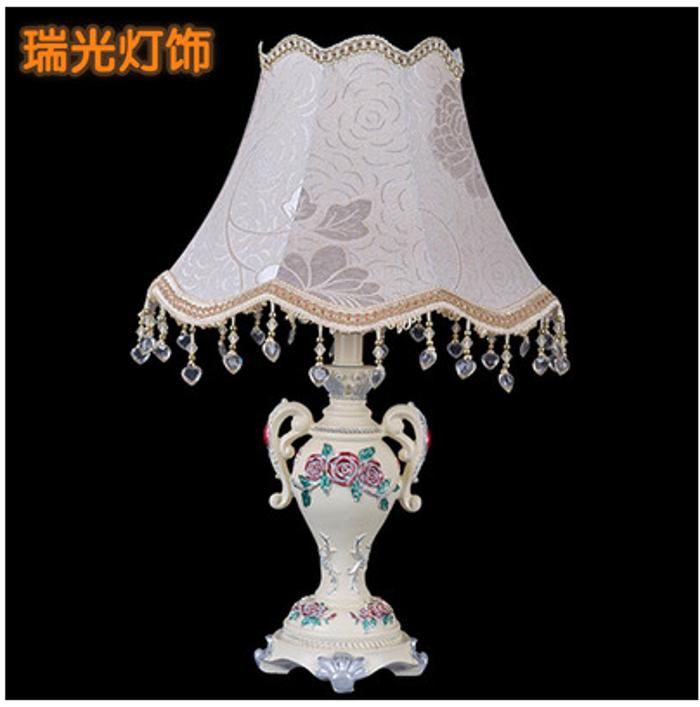 台灯 欧式奢华创意田园公主婚庆送礼装饰布艺台灯 卧室床头灯