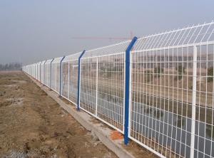 框架焊接隔离栅 专注高速铁路高架桥工程隔离栅