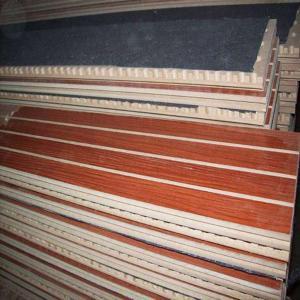 优质木质吸音板 木纹面装饰密度板 槽木吸音装饰面板